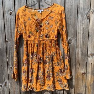 PATRONS OF PEACE  Sz Small boho top